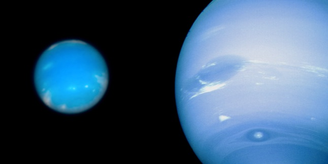 Neptune as seen by Hubble (left) and Voyager (right).